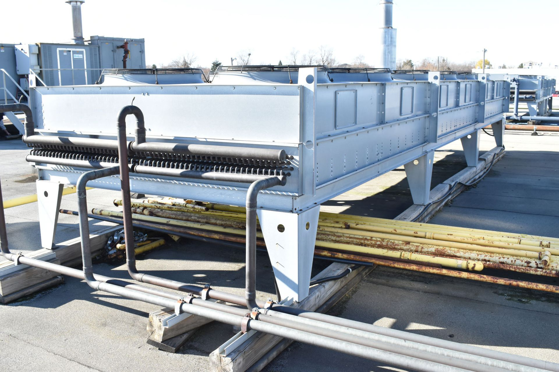 BERG AQR-160-2/2 SKID-MOUNTED INDUSTRIAL CHILLER WITH 160 TON CAPACITY, 178 HP, BERG SC6 TOUCH- - Image 10 of 13