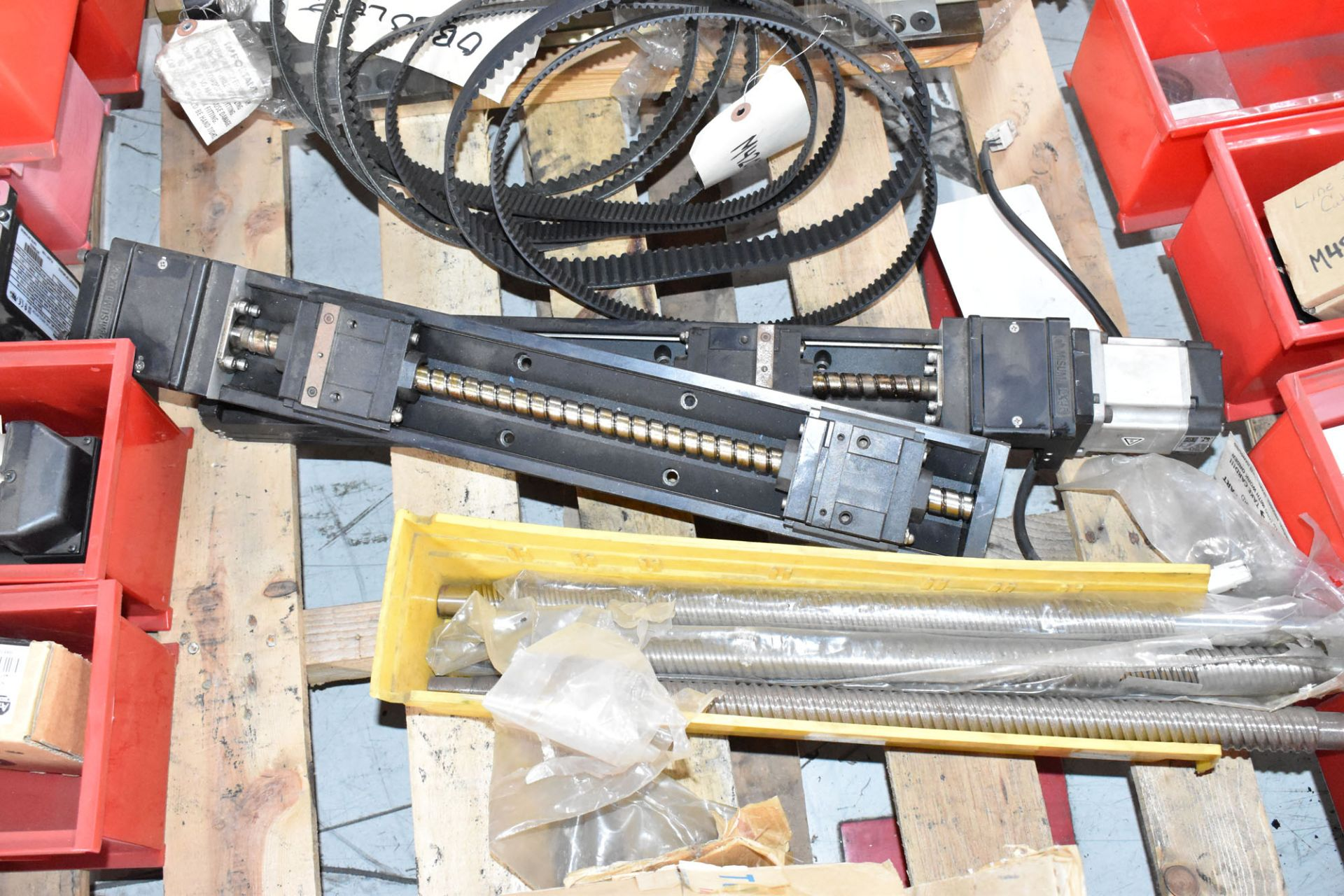 LOT/ PALLET WITH CONTENTS CONSISTING OF FITTINGS, HARDWARE, AND EXTRUDER LINE COMPONENTS [RIGGING - Image 3 of 5