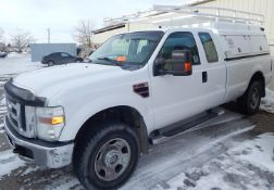 FORD (2007) F350 XLT SUPER DUTY PICKUP TRUCK WITH 5.4L 8 CYLINDER GAS ENGINE, AUTOMATIC