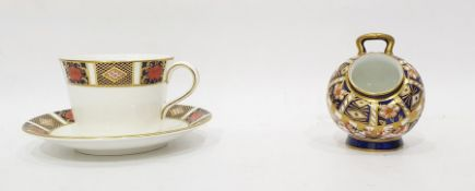 Royal Crown Derby Imari pattern sugar bowl in the form of coal scuttle, 9cm high and a Royal Crown