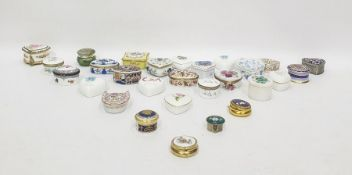 Large quantity of porcelain and other trinket boxes by Halcyon Days, Royal Worcester (4 boxes)