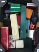 Small collection of various jewellery boxes, etc