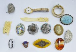 Small quantity of costume jewelleryand two ladies wristwatches(1 tray)