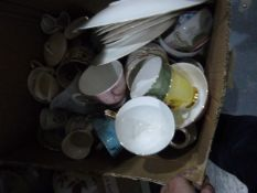 Quantity of ceramicsincluding a Royal Albert part tea set 'Gossamer', a large conch shell,