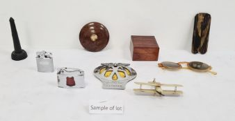 Collection of various treen items to include a square box, a circular screw box, a collection of