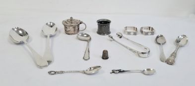 Collection of silver itemsto include a pair of narrow napkin rings, a pair of tablespoons, a pair