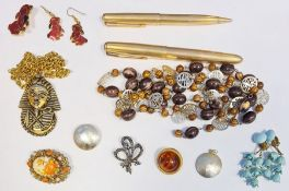 Pair of Parker rolled 10ct gold pensin a box and a collection of costume jewelleryto included