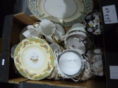 Quantity of assorted ceramics including Grindley 'The Selkirk' plates, Aynsley dessert bowls, Foley,