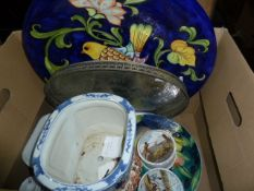 Large Italian painted platter, a pair of reproduction Prattware pots and lids and other ceramics (