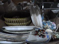 Collectors plates, Lenox 'The Old New York' plates, etc and a quantity of lampshades (1 box)