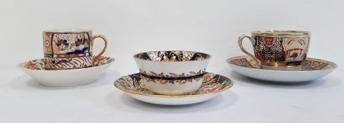Group of English pottery and porcelain Imari teawares comprising a Derby coffee can and saucer, circ
