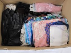 Large quantity of leather gloves, scarves, leather and fabric gloves, etc (1 box) Condition