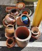 Quantity of assorted plant pots and other planters