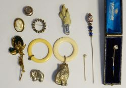 15ct gold and pearl hatpin, 1.5g, boxed, a cameo brooch, a mounted claw brooch, various other