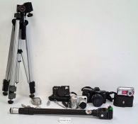 Nikon Coolpix 885 digital camera,an Optima 335 digital camera,a Canon Powershot A470 digital