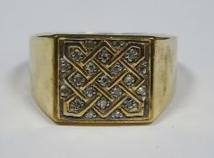 Gold square-shaped gentleman's ring set with diamond chips (unmarked), 5.8g approx total