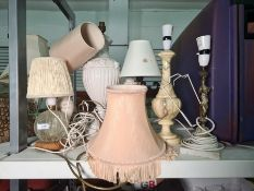 Various table lamps to include alabaster, glass, bronze-effect and ceramic, some with shades (8)