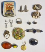 Silver, marcasite and black agate suite of Luiber jewelleryviz:- two brooches and pair of earrings,