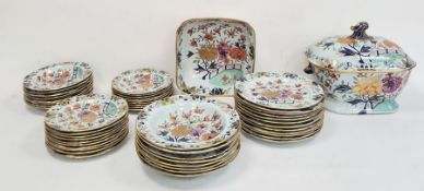 Extensive early 19th century Masons patent ironstone china earthenware dinner service, matching