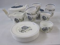 Wedgwood Susie Cooper design 'Glenmist' tea service for six (and extra saucer) (22)