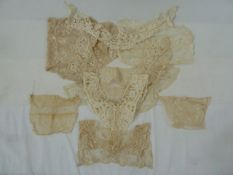 Selection of lace collars, insets, trimming and undyed lace (1 bag)