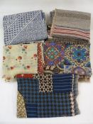 Collection of various woollen scarves (5)