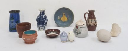 Chinese porcelain miniature vase, blue and white decoration and sundry small ceramics (1 box)