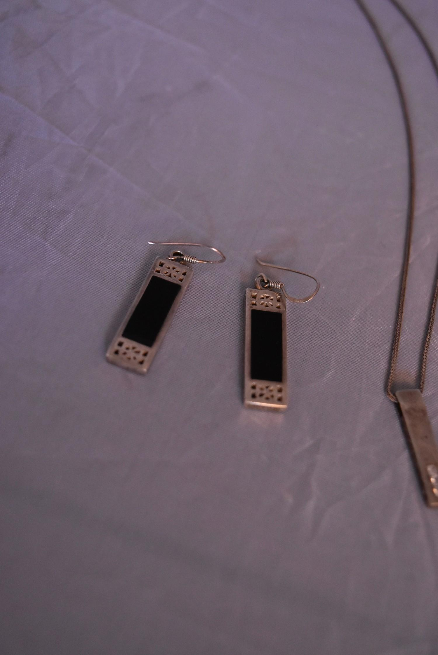 A collection of contemporary silver jewellery. Including a pair of silver and black enamel - Image 2 of 9