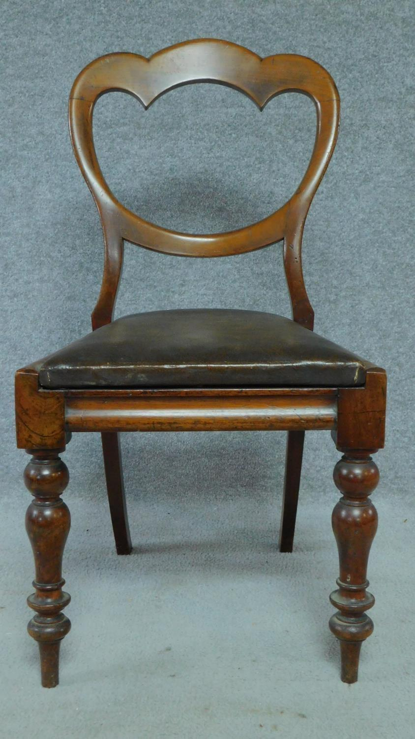 A set of six mid Victorian mahogany shaped back dining chairs raised on bulbous turned supports. - Image 2 of 7