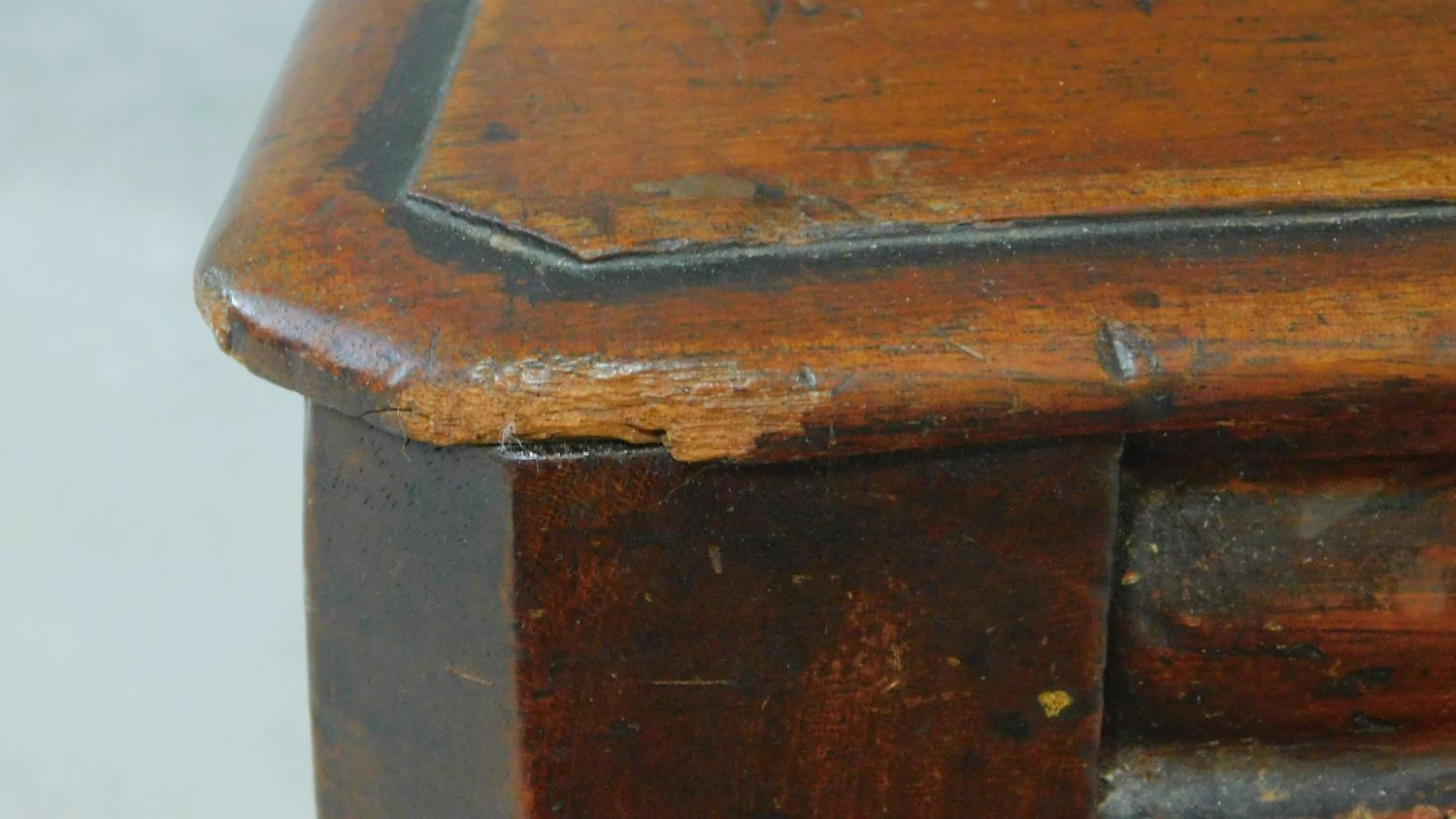 A pair of Victorian oak hall chairs with carved floral shield backs, raised on tapering turned - Image 7 of 7