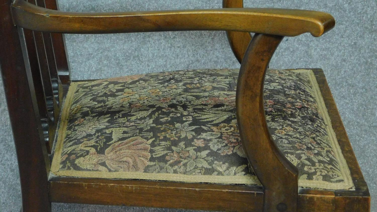 An Arts & Crafts mahogany and satinwood inlaid armchair with stylised motifs to the back splat in - Image 4 of 6