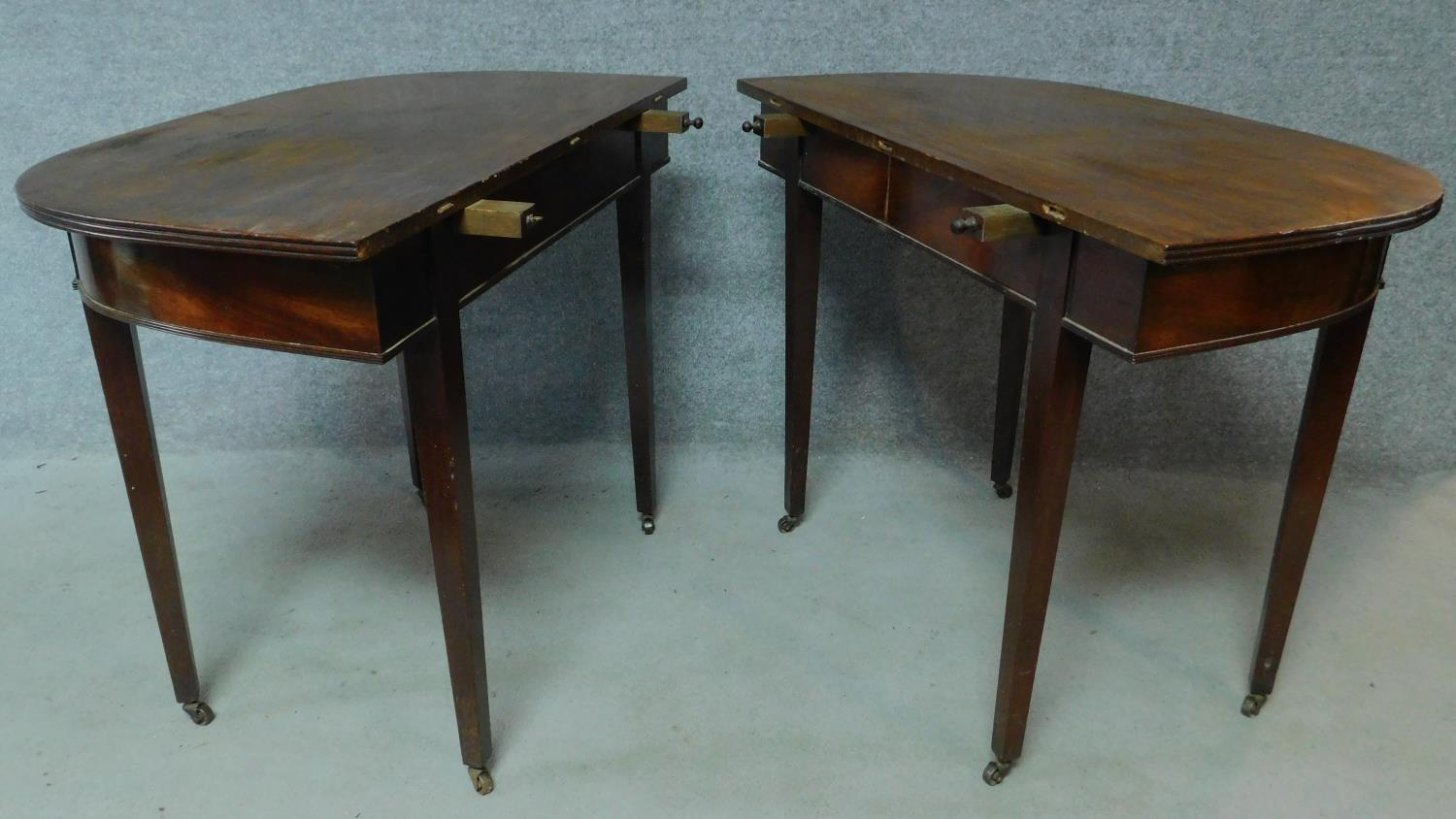 A Georgian mahogany D-end extending dining table on square tapering supports. H.76 L.181 W.55cm ( - Image 3 of 6