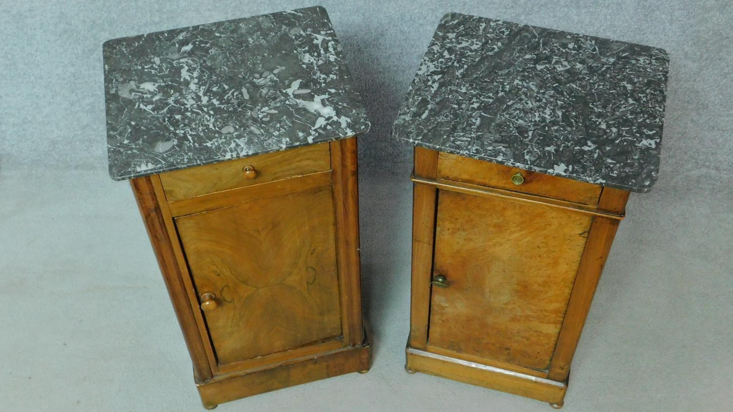 A near pair of 19th century Continental walnut bedside cabinets with grey veined marble tops and - Image 5 of 5