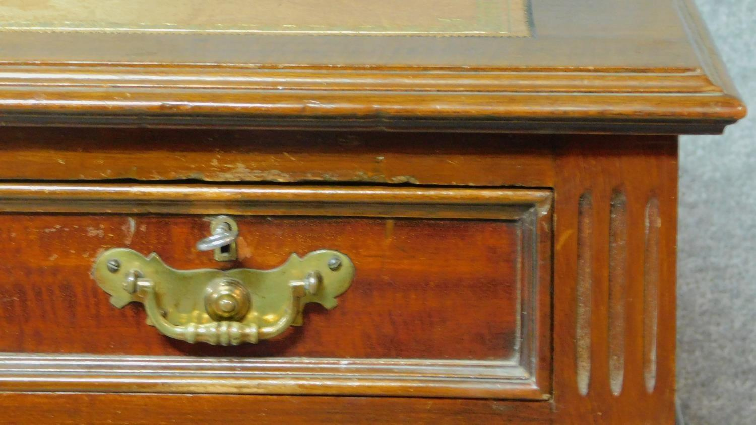 A late 19th century mahogany pedestal desk with leather inset top above an arrangement of nine - Image 6 of 7