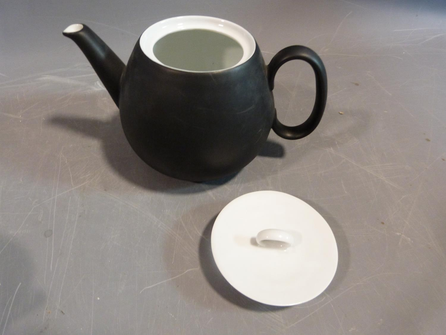 A Raymond Loewy 'Charcoal' Continental tea service. Tallest H12cm. - Image 9 of 12