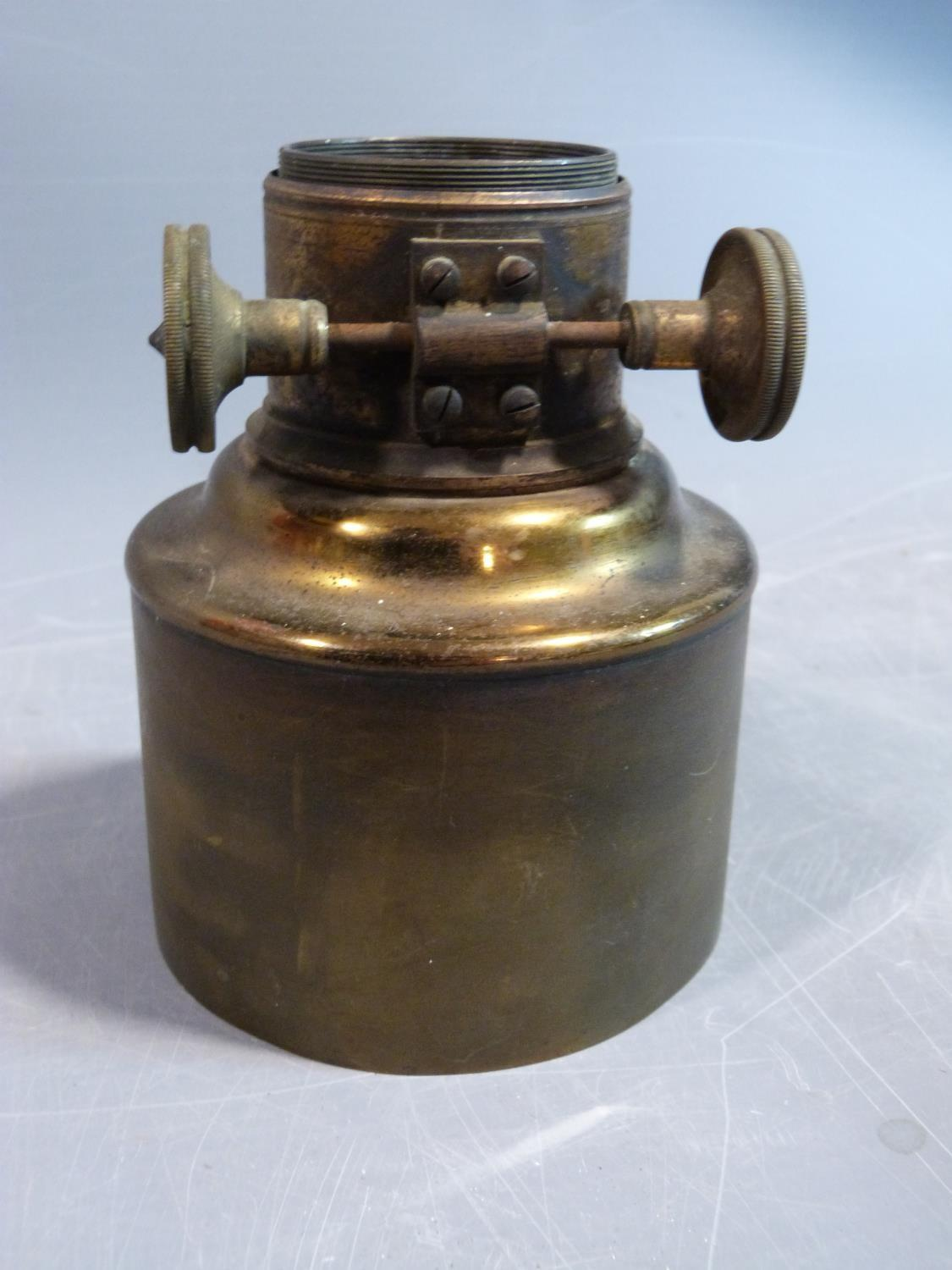 A collection of metalwork items. Including an antique adjustable magnifyer, a Chinese brass repousse - Image 20 of 22