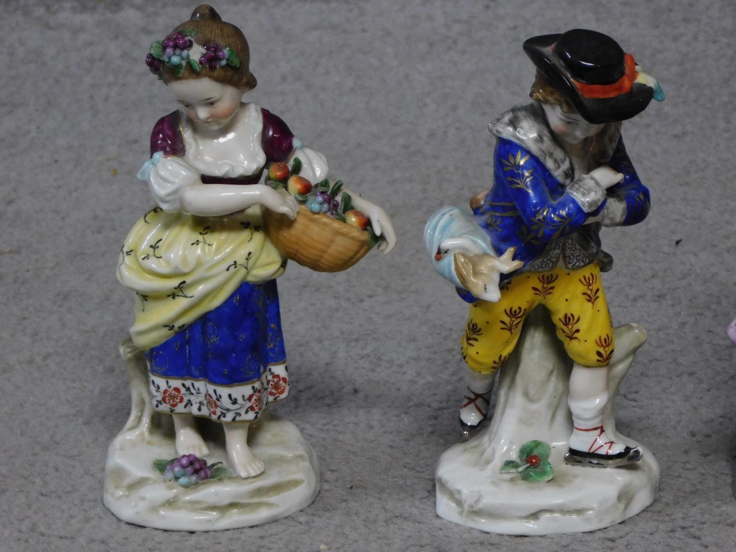 Four antique hand painted Chelsea Sampson style figures, with gold anchor mark to back. - Image 3 of 10