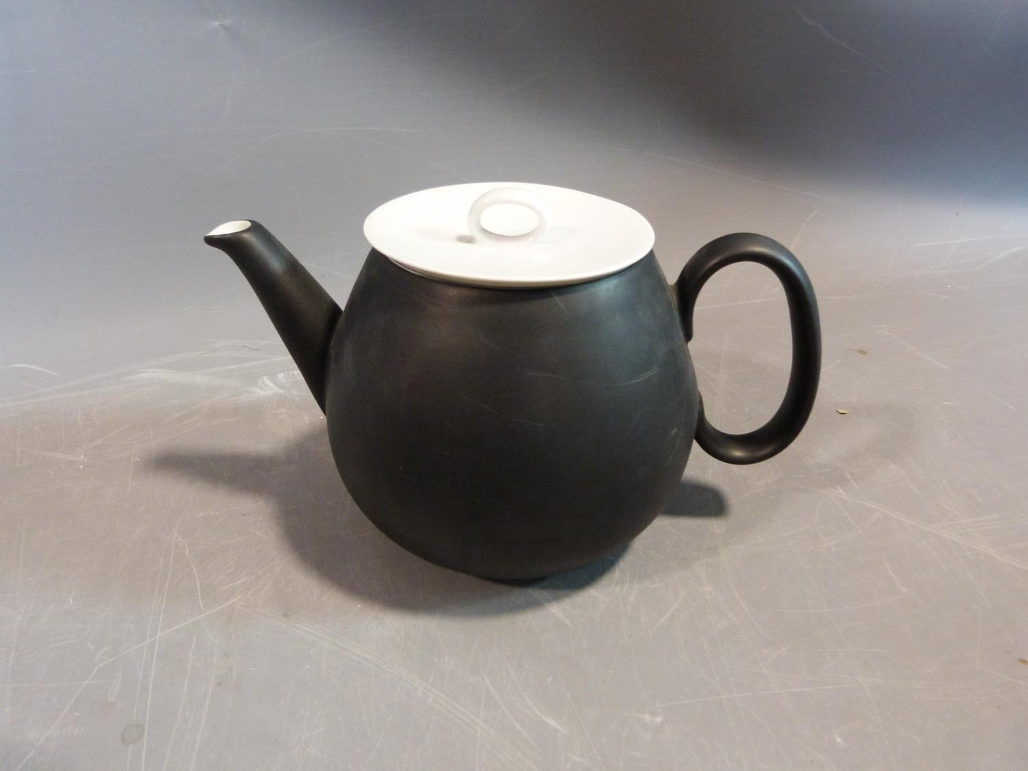A Raymond Loewy 'Charcoal' Continental tea service. Tallest H12cm. - Image 7 of 12