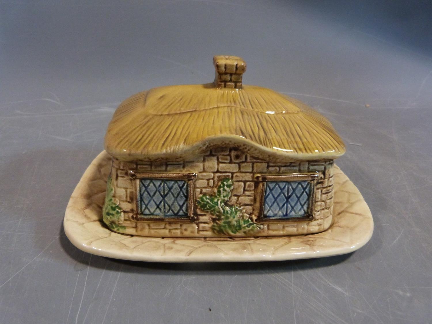 Collection of ceramics. Including a sylvac pottery butter dish in the form of a thatched cottage, - Image 3 of 14