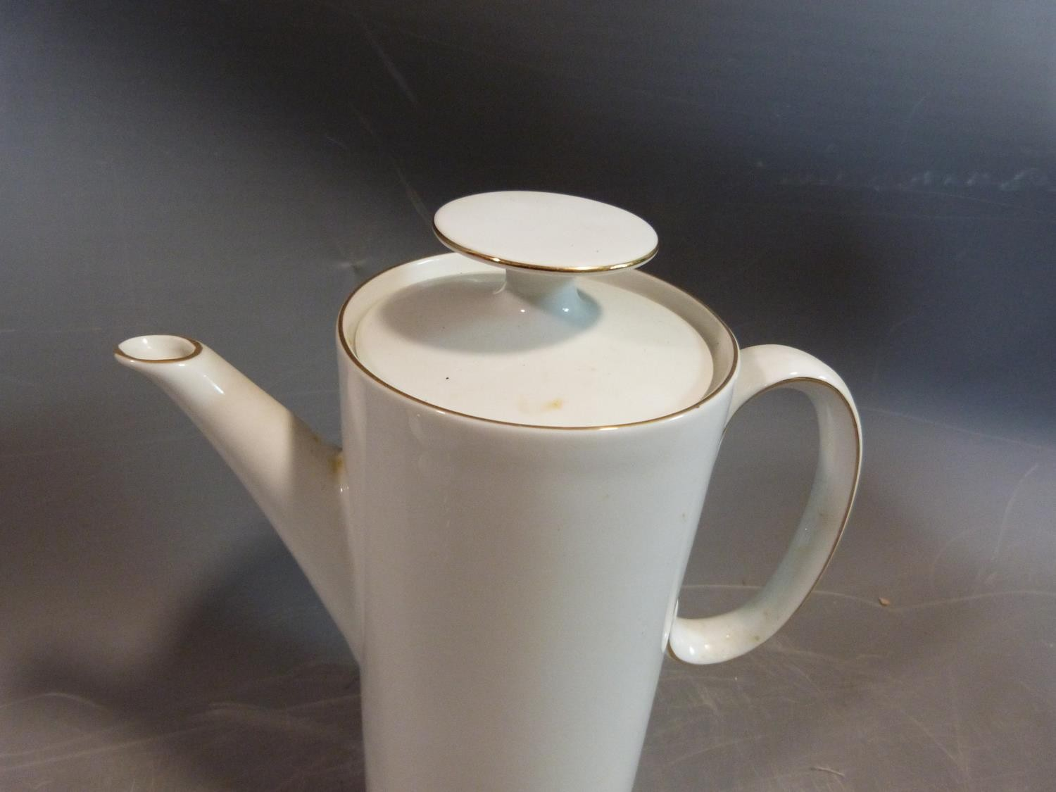 A white porcelain Thomas Germany gilded coffee set. H 22.5cm. - Image 3 of 9