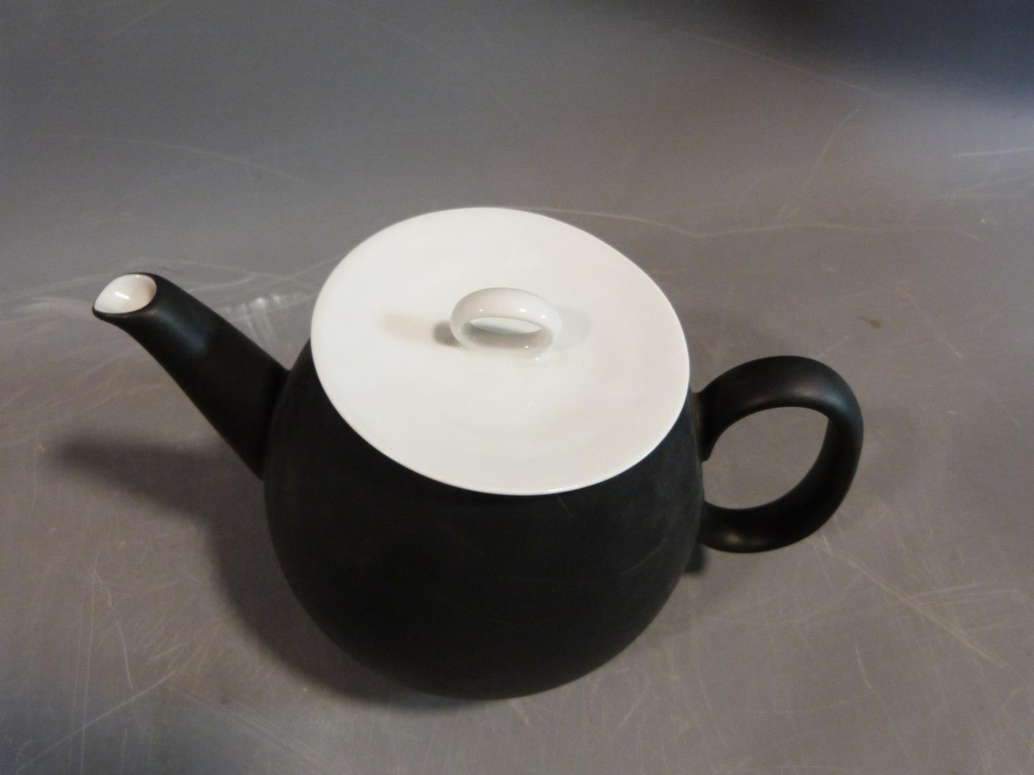 A Raymond Loewy 'Charcoal' Continental tea service. Tallest H12cm. - Image 8 of 12