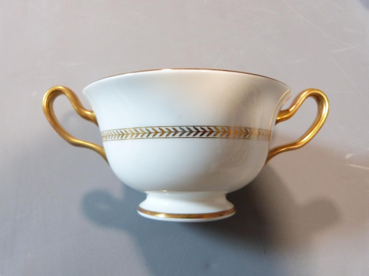 An early 20th century Wedgwood Black Astbury pattern part dinner service. This pattern is - Image 18 of 19