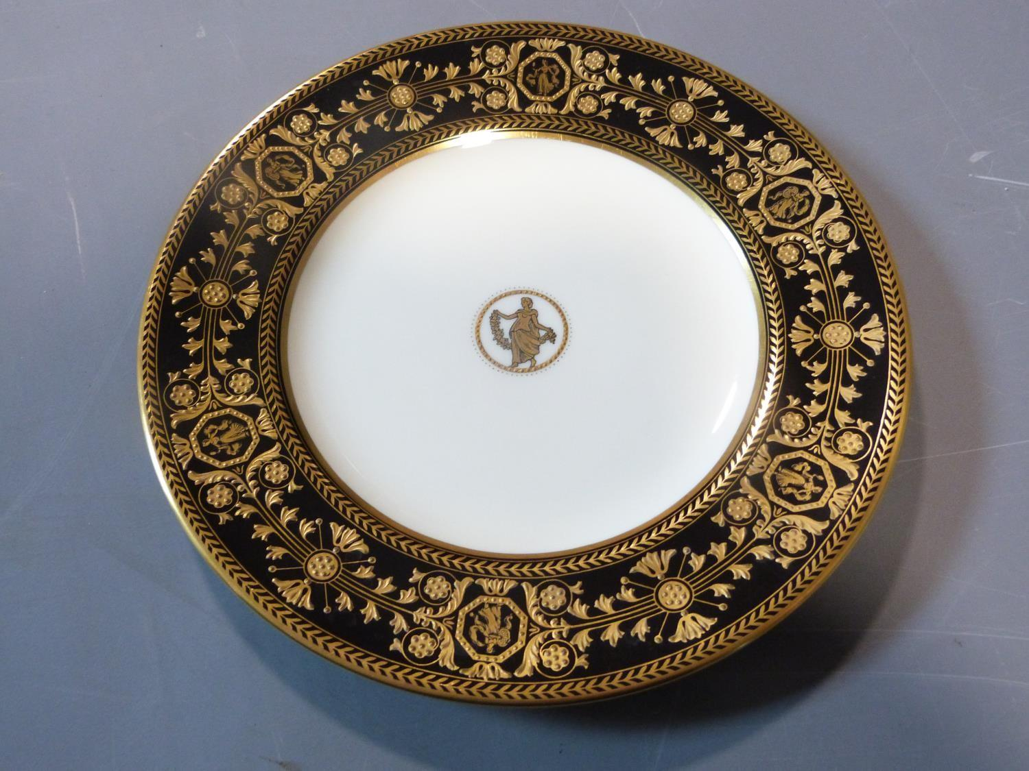 An early 20th century Wedgwood Black Astbury pattern part dinner service. This pattern is - Image 10 of 19