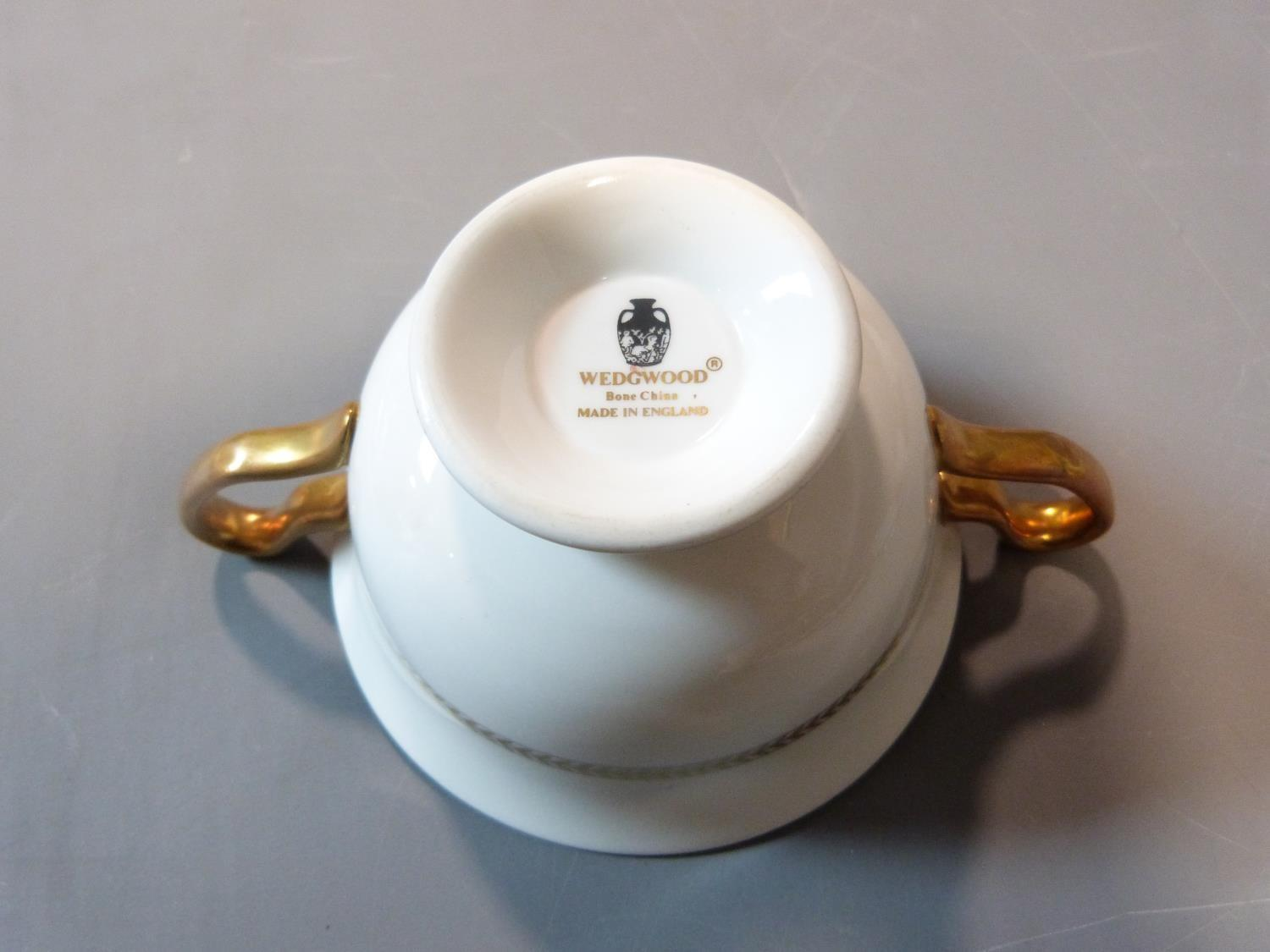 An early 20th century Wedgwood Black Astbury pattern part dinner service. This pattern is - Image 19 of 19