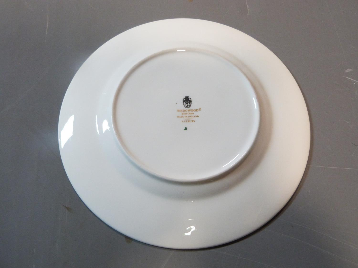 An early 20th century Wedgwood Black Astbury pattern part dinner service. This pattern is - Image 9 of 19