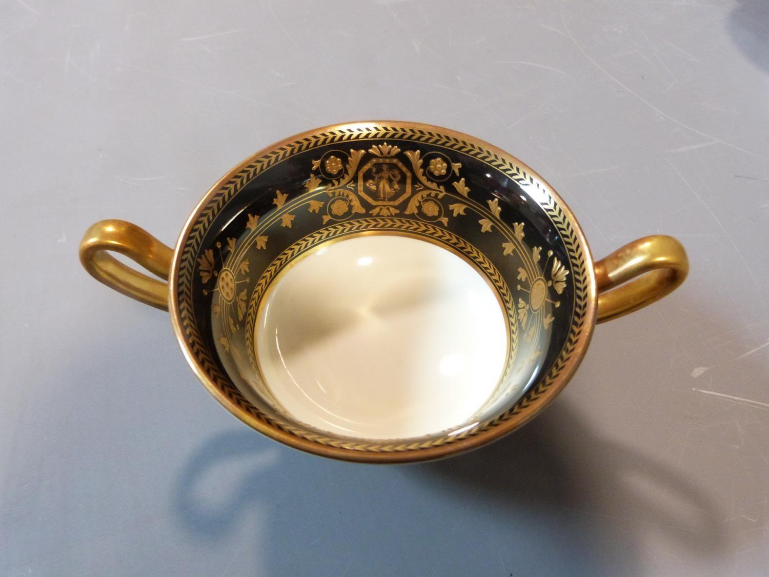 An early 20th century Wedgwood Black Astbury pattern part dinner service. This pattern is - Image 17 of 19