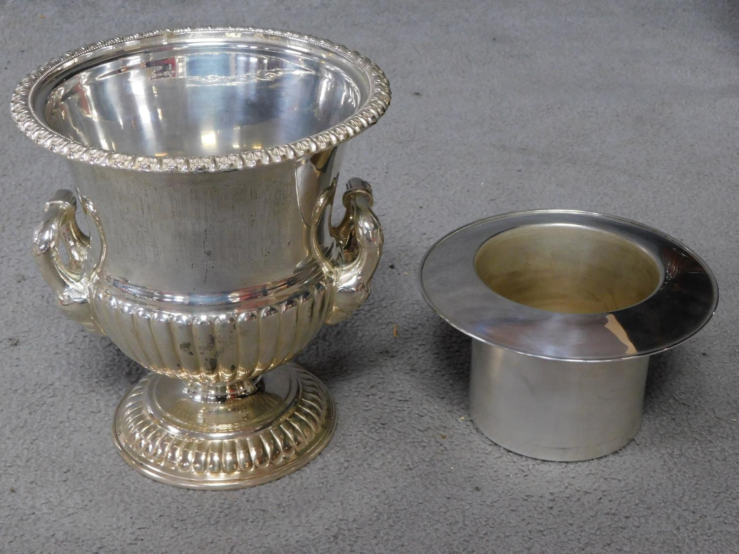 A pair of antique Old Regency Sheffield silver plated wine coolers by Henry Wilkinson and Co. with - Image 5 of 6