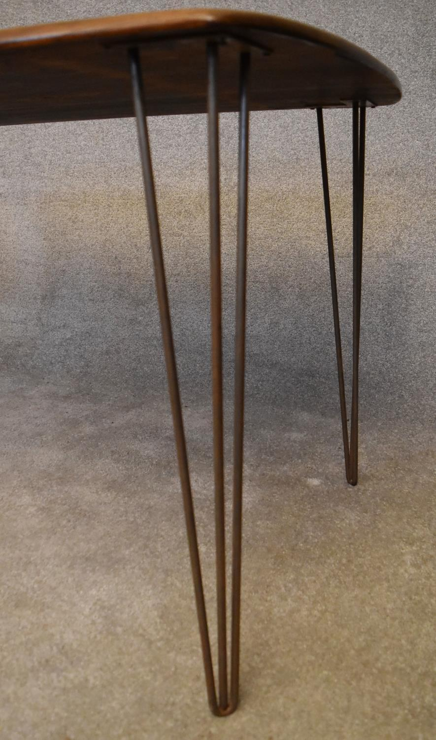 A retro style elm topped dining table on metal hairpin supports. H.73x150x76cm - Image 2 of 3