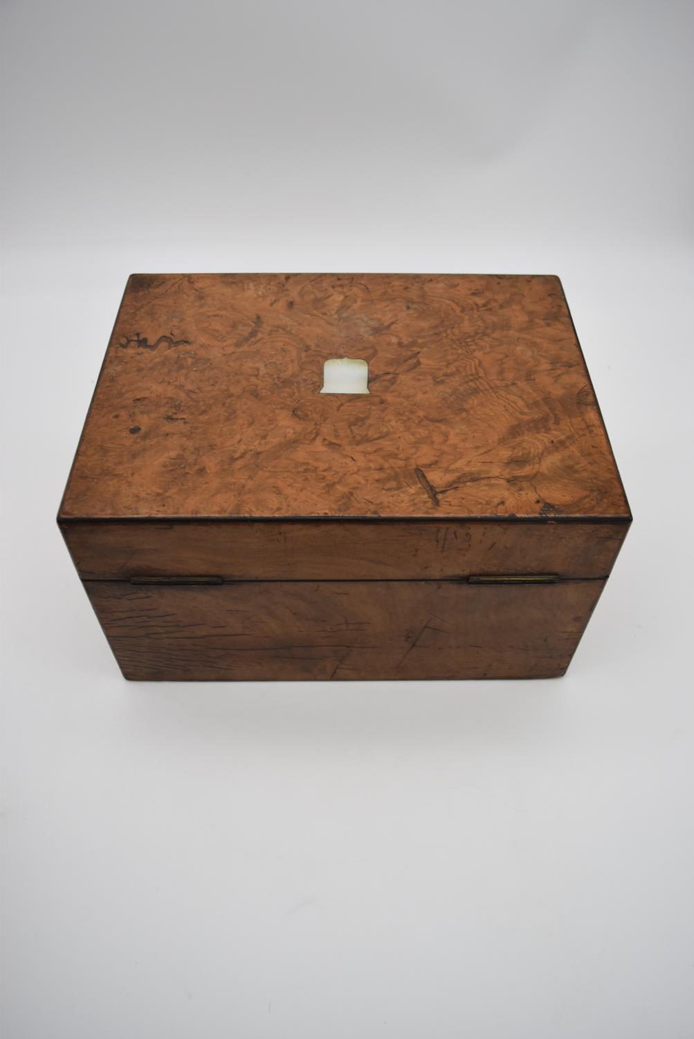 A 19th century burr walnut fitted vanity box (drawer missing) with mother of pearl shield shaped - Image 6 of 7