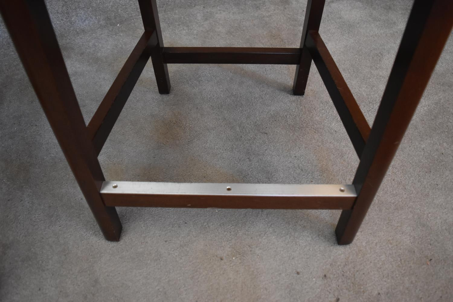 A pair of leather upholstered teak framed high stools. H.100x55cm - Image 3 of 3
